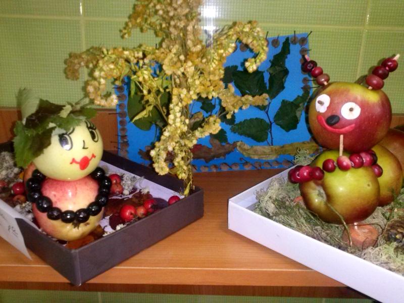 Осенняя выставка поделок в школе 80